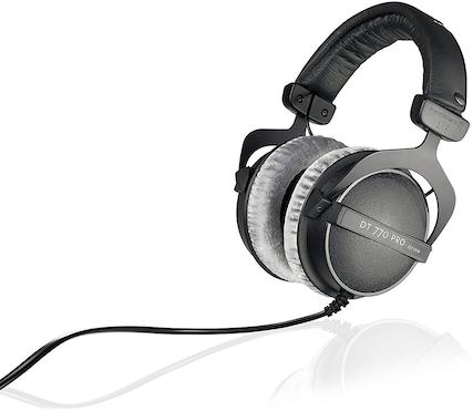 Exemple de casque audio fermé destiné aux studios d'enregistrement et au mixage